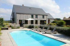 Dit mooie houten huis met open haard is gelegen op 4,5 km. van Manhay, op 500 m. hoogte met panoramisch uitzicht. Bekijk vakantiehuis: http://www.villaxl.com/nl/vakantiehuis/belgie/ardennen/manhay/le-chalet-des-thermes_2289.html