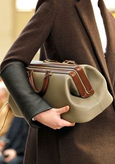 one day i'll dress like a career woman and carry this bag