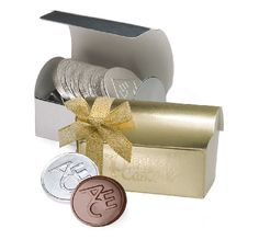Our elegant gold or silver treasure chest box comes with Customized Belgian Chocolate coins. Treasure Chest with Bow and 6 Customized Chocolate Coins Chocolate Shapes, Chocolate Coins, Custom Chocolate, Belgian Chocolate, Personalised Chocolate Gifts, Personalized Gifts, Chocolate Favors, Elastic Ribbon, Poker Chips