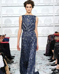 Schiaparelli @elsaschiaparelli #ConGuantesySombrero   #fashion #look #style #collections #designers #instagood