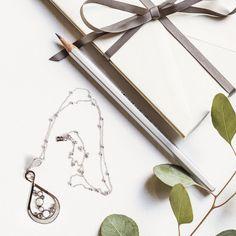 Лучший подарок для неё к предстоящим праздникам — это колье Boccadamo. Оно подойдёт к любой одежде и украсит даже самый экстравагантный образ. 🔔скидка 20 %🔔  🔹Заказывайте колье прямо в комментариях этого поста.  #boccadamo #pandora #lr #mood #goodmood #moodLR #newday #inspiration #fun #love #flowers #niceday #haveaniceday #ланжери #langery #langeryru #вдохновение #настроение #настроениедня #отличныйдень #яркийдень #follow #заказать #вналичии