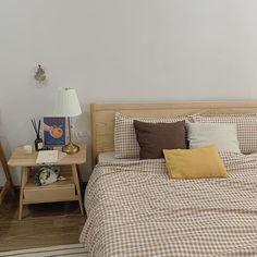 Room Ideas Bedroom, Bedroom Decor, Bedroom Inspo, Korean Bedroom, Minimalist Room, Aesthetic Room Decor, Dream Rooms, My New Room, House Rooms
