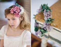 Wedding Church, Young Women, Crown, Weddings, Lady, Fashion, Girls Hairdos, Midsummer Nights Dream, Flower Crowns