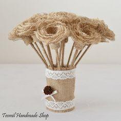Flores de arpillera modelo