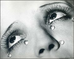 Man Ray is amazing, I studied in school....oh, I just cant get over it!