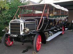 Leyland bus CC 1087