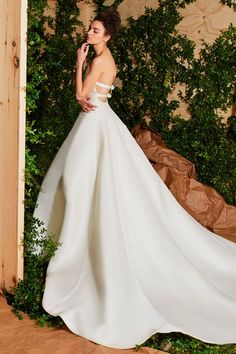 4b371eafce6f7 23 Best Carolina Herrera Bridal images in 2019 | Alon livne wedding ...