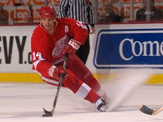 My favorite Red Wing Brendan Shanahan! Hockey Baby, Hockey Teams, Detroit Red Wings, Red Wings Hockey, National Hockey League, Michigan, Celebs, Pure Products, My Style