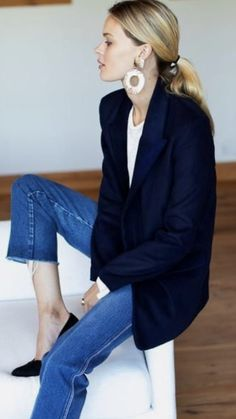 Mode Outfits, Casual Outfits, Fashion Outfits, Womens Fashion, Navy Blazer Outfits, Casual Blazer, Fashion Pants, Fashion Tips, Business Outfit Frau