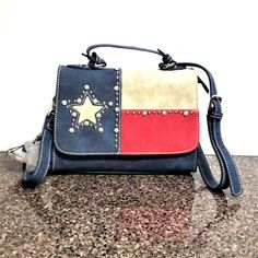 Made of top quality suede leather, this crossbody bag features A cute little western crossbody bag. Leather Fringe, Suede Leather, Leather Men, Fringe Crossbody Bag, Canvas Crossbody Bag, Texas Pride, West Texas, Long Wallet, Montana