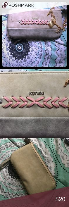 Kensie Wristlet New with tags Kensie Bags Clutches & Wristlets