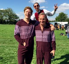"""""""A huge thank you from these fellows if you were among the 5.3 MILLION #Grantchester viewers this week!"""""""