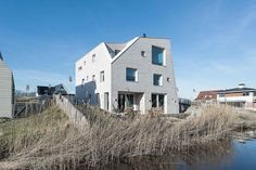 Image 15 of 21 from gallery of House as a Rock / Global Architects. Photograph…