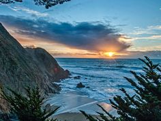 Pacific Sunset at Gray Whale Cove, California National Geographic / SuperStock Free Photos, Cool Photos, Moon Sea, Sea Pictures, Gray Whale, Water Features, The Great Outdoors, Scenery, California