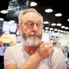 Liam Cunningham poses with a White Walker at Game Of Thrones Figures, Funko Game Of Thrones, Game Of Thrones Cast, Game Of Thrones Funny, Manchester United, Real Madrid, Liam Cunningham, Game Of Thrones Instagram, Game Of Thrones Merchandise