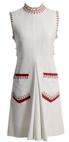 Dressing Vintage - 1960's rare Oscar de la Renta Boutique vintage dress, $495.00 (http://dressingvintage.com/1960s-rare-oscar-de-la-renta-boutique-vintage-dress/)