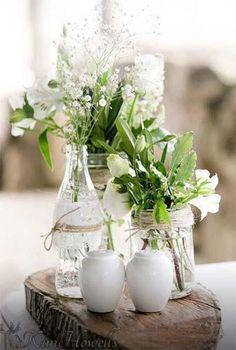 Dreamlike wedding table decoration ideas for your wedding planning - Creativ - Vase ideen Diy Wedding, Rustic Wedding, Wedding Flowers, Wedding White, Table Arrangements, Floral Arrangements, Wedding Table Centerpieces, Wedding Decorations, Table Wedding
