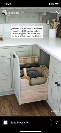 Kitchen Drawers, Kitchen Storage, Kitchen Cabinets, Paris Kitchen, New Kitchen, Cabinet Makers, Future House, Storage Chest, Kitchen Remodel