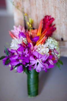 Hawaiian bouquet #mauiwedding #tropical #bouquet