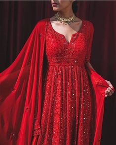 Photo shared by Dr. Iman Moghul on March 2020 tagging Image may contain: one or more people and people standing Pakistani Dresses Casual, Indian Gowns Dresses, Pakistani Bridal Dresses, Pakistani Dress Design, Shadi Dresses, Punjabi Wedding, Indian Wedding Outfits, Bridal Outfits, Indian Outfits