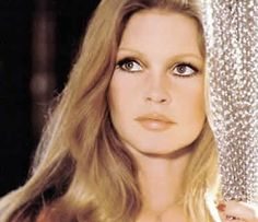 World Famous People   Brigitte Bardot    World Famous People (Actress) - Brigitte Bardot  was born September 28, 1934 in Paris, Franc...