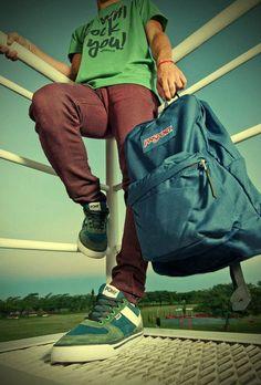 A Clases con Onda - Tiendas Abacaxi - Córdoba Argentina Jansport, Backpacks, Purses, Bags, Waves, Argentina, Handbags, Handbags, Backpack