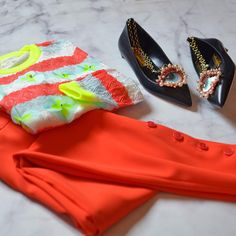What are you wearing for resort? We love 🧡💛💚 this combo #flatlay #resort18
