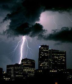 Lightning over Denver, Colorado, Weather Storm, Wild Weather, Severe Weather, Extreme Weather, Lightning Photography, Skier, Lightning Strikes, Lightning Storms, Lightning Pics
