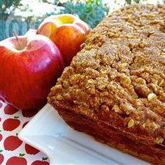 Pain moelleux aux pommes @ qc.allrecipes.ca