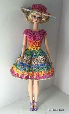 Irresistible Crochet a Doll Ideas. Radiant Crochet a Doll Ideas. Sewing Barbie Clothes, Knitting Dolls Clothes, Barbie Clothes Patterns, Crochet Doll Clothes, Knitted Dolls, Crochet Short Dresses, Crochet Doll Dress, Crochet Barbie Patterns, Accessoires Barbie