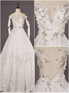 Princess Off The Shoulder Nekcline Woodland Wedding Dress - Detail - Yeni Gelin Woodland Wedding Dress, Ethereal Wedding Dress, Glamorous Wedding, Used Wedding Dresses, Princess Wedding Dresses, Wedding Gowns, Bridal Gown, Lace Wedding, Henna Designs