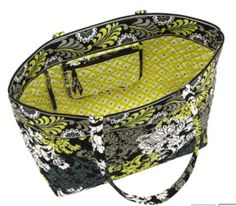 Vera Bradley tote bag I like the bag but in a different pattern!