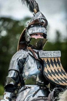 Marie Baron - First Female Jouster at the Arundel Castle Jousting Tournament, UK Medieval Knight, Medieval Armor, Medieval Fantasy, Armadura Medieval, Female Armor, Female Knight, Armor Clothing, Early Middle Ages, Knight Armor