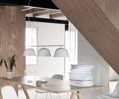 Muuto Ambit Rail Lampe - Hvid Mirror, Lighting, Furniture, Design, Home Decor, Interiors, Desk, Light Fixture, Homemade Home Decor