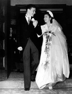 Classic Hollywood HQ   Frank Sinatra with his first bride, Nancy Barbato. They were married from 1939-1951 and produced Nancy Jr, Frank Jr and Tina Sinatra. Nancy Barbato will turn 101 on March 25th 2018..                                  Nancy with the smiling face.