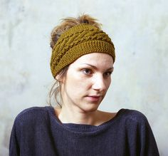 Want to make something like this: Headband Ear Warmer Cable knit Button Closure Ear by mareshop, $24.00
