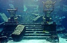 La légende de l'Atlantide est sûrement la plus connue du genre, mais plusieurs villes sous-marines existent pour de vrai ! Chargés d'histoire, ces lieux facinent toujours de part leur côt&e...