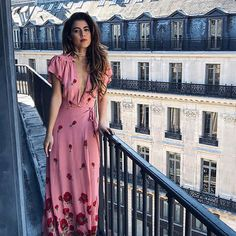 Rained all day today in Mexico, so I'm sticking with Parisian backdrops at least for today // A estas alturas del domingo, ya me sabe a lunes haha, pero les deseo que sea una buena semana ❤️ (p.d. los quiero) #pamallierinparis #pamallier