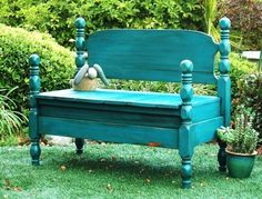 From MaK and Jill: Annie Sloan Chalk Paint mixture of Florence and Napoleonic Blue.  Distressed and finished with a minwax polyurethane/stain in one.