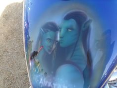 Avatar Air brushed onto a motorbike, how awesome!!