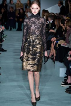 Oscar de la Renta Fall 2016 Ready-to-Wear Fashion Show - Lia Pavlova