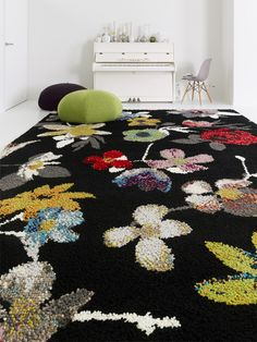 Wool Rug BEIRAS by Casalis #rug #interiors #flower