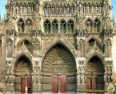 Catedral de Amiens. Fachada occidental Autor: Robert de Luzarches Fecha: 1200 h. Museo: