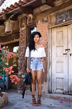 Vanessa Mooney Luminescence Earrings, Vanessa Mooney Point Of No Return Necklace, Vanessa Mooney Indica Cuff, Levi's Denim Shorts