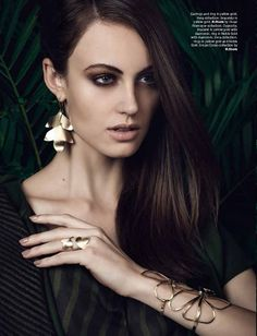Fashion Expedition editorial from Vogue Explore H.Stern 2013 issue. #jewelry #gold