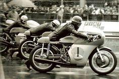 """springtimelover1: """" GP Italie Monza 1968, Giacomo Agostini , Mike Hailwood on Benelli, Renzo Pasolini, and Angelo Bergamonti. """""""