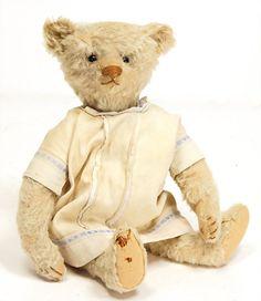 Antique Steiff Bear, from Germany.  (STEIFF Bär.)