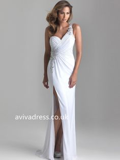 Shop for Madison James designer prom dresses and formal gowns at PromGirl. Elegant long pageant dresses and designer strapless formal ball gowns. Evening Dresses Uk, Backless Prom Dresses, Designer Prom Dresses, Mermaid Evening Dresses, Prom Dresses Online, Cheap Prom Dresses, Pageant Dresses, Ball Dresses, Formal Dresses