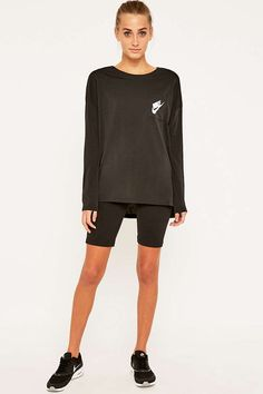 Nike Signal Long Sleeve Black T-shirt - Urban Outfitters