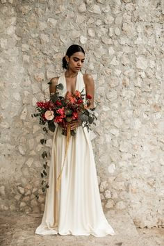 Tropical Garden Elopement Inspiration at Coqui Coqui Valladolid | Junebug Weddings